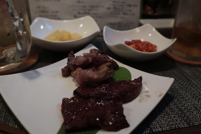 【横須賀ちょい呑み】レトロ肉バル 炙りやん(横須賀中央)
